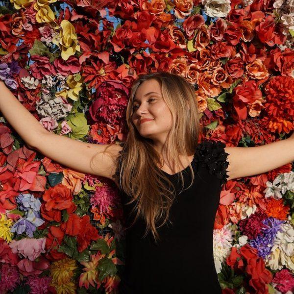 bloemen girl-828607_960x640